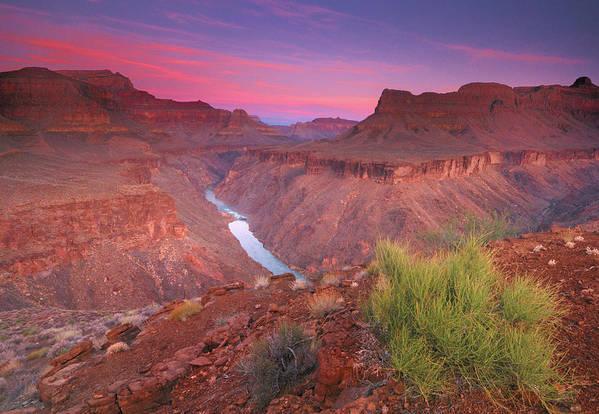 Horizontal Art Print featuring the photograph Grand Canyon Sunrise by David Kiene
