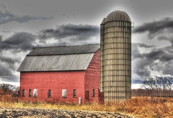 Red Barn Art Print featuring the photograph Red Barn In Fall by David Bearden