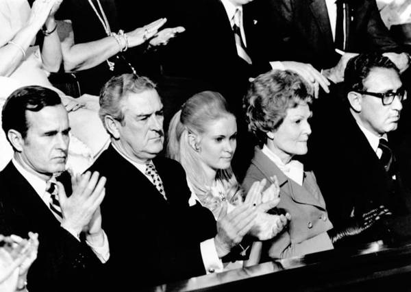 History Art Print featuring the photograph Nixon Family And Administration Listen by Everett