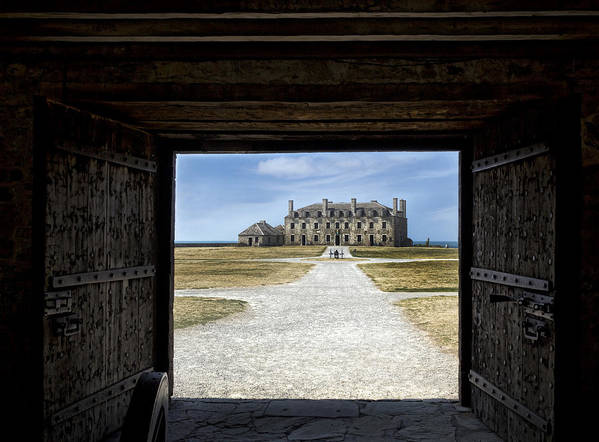 Old Fort Niagara Art Print featuring the photograph Redoubt Gates by Peter Chilelli