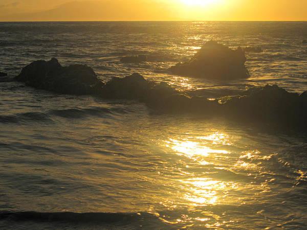 Sunset Art Print featuring the photograph Golden Maui Sunset by Marilyn Wilson