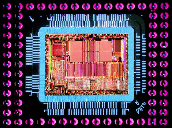 Silicon Chip Art Print featuring the photograph Macrophoto Of An 486 Computer Silicon Chip by Geoff Tompkinson