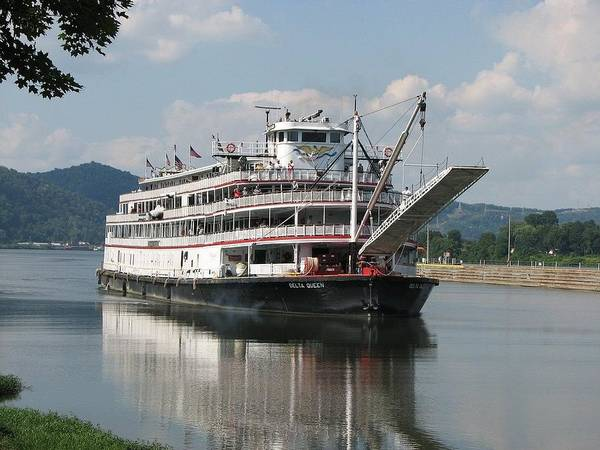 Delta Queen Art Print featuring the photograph Delta Queen On Ohio River by Willy Nelson