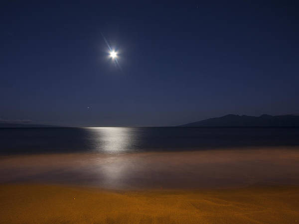 Moon Art Print featuring the photograph Maui Moonset by Michael Yeager