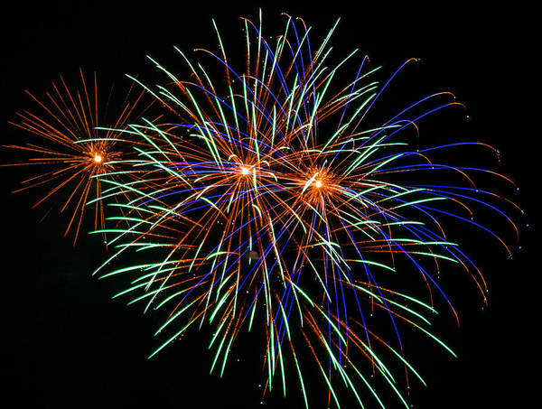 Fireworks Art Print featuring the photograph 4th Of July Fireworks 22 by Howard Tenke