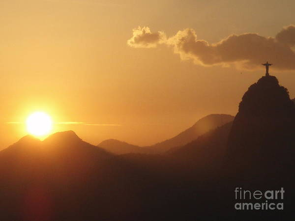 Rio De Janeiro Art Print featuring the photograph Christo At Sunset by Tracy Lintz