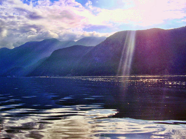 Mountains Art Print featuring the photograph Into The Sun by Diana Cox
