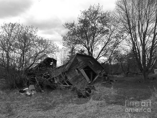 Barn Art Print featuring the photograph Past Glory by Chad Thompson
