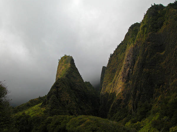 Maui Art Print featuring the photograph The Iao Needle by Lynn Bauer