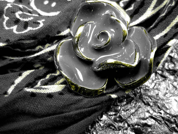 Flower Art Print featuring the photograph Gum Wrapper - Gold by Anna Thomas