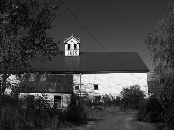 Old Farm House Art Print featuring the photograph Old Farm House by Michael Mooney