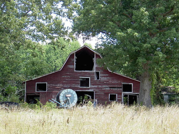 Barn Art Print featuring the photograph Old Red by Robert Boyette