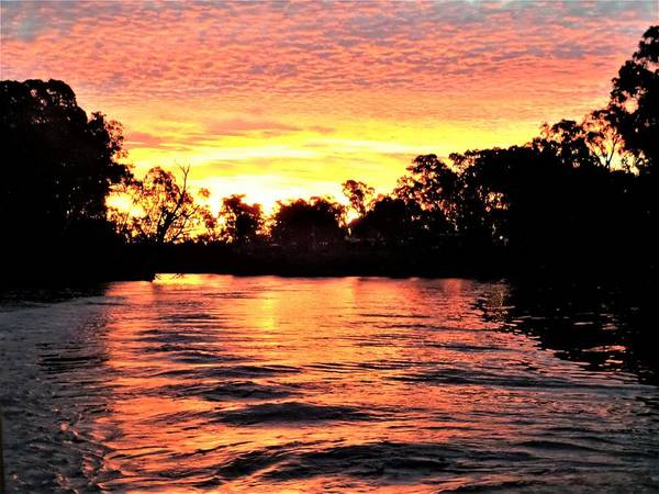 Echuca Art Print featuring the photograph Sunset On The Murray River by Yolanda Caporn
