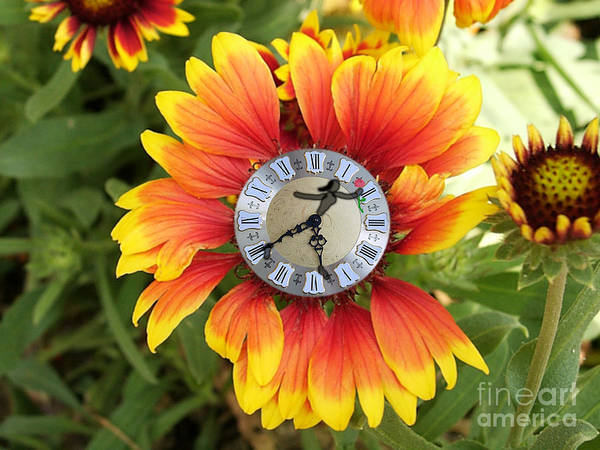 Clock Art Print featuring the photograph Temps Per A Somiar by Amparo Gallego Mateo