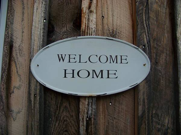 Welcome Home Sign Art Print featuring the photograph Welcome Home by Donna Davis
