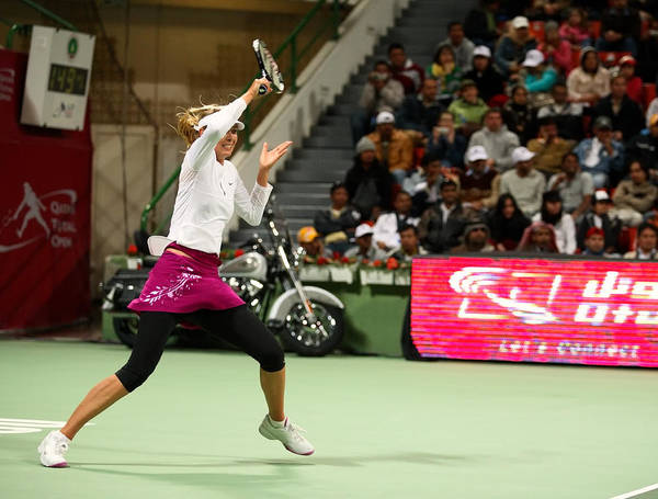 Maria Art Print featuring the photograph Sharapova At Qatar Open by Paul Cowan