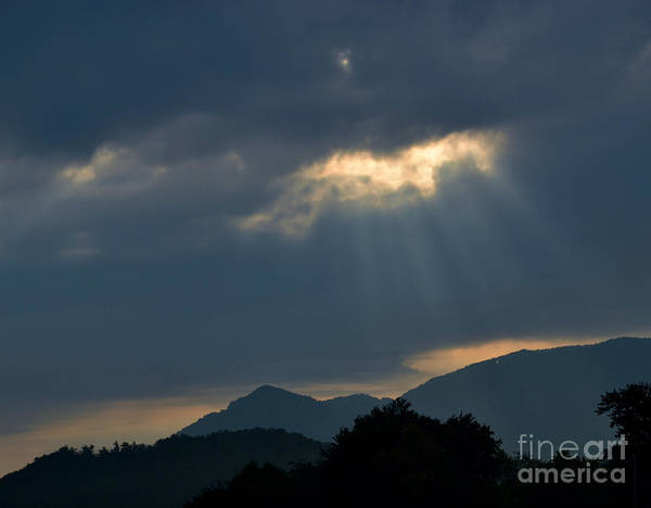 Sky Print featuring the photograph Gods Morning Rays by Eva Thomas