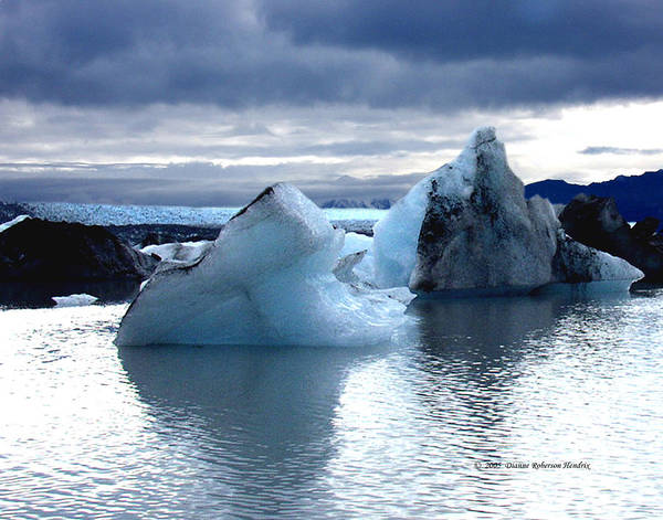 Ice Art Print featuring the photograph Knik Glacier Icebergs by Dianne Roberson
