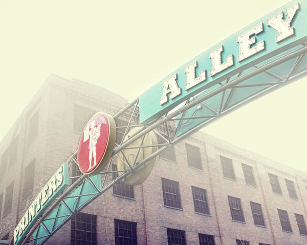 Nashville Art Print featuring the photograph Printers Alley by Amy Tyler