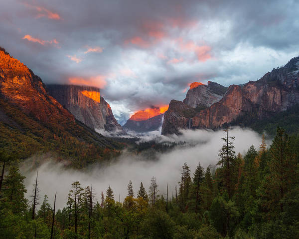 Yosemite Art Print featuring the photograph Tunnel View by Dustin LeFevre