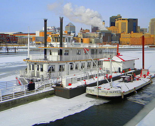 Mississippi Art Print featuring the photograph Mississippi Riverboat by Laurie Prentice