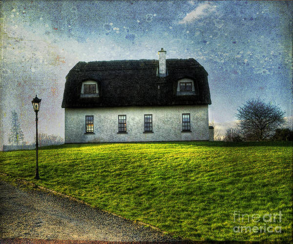 Accommodation Art Print featuring the photograph Irish Thatched Roofed Home by Juli Scalzi