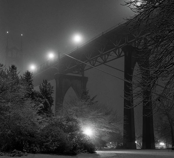 Horizontal Print featuring the photograph St. Johns Bridge On Snowy Evening by Zeb Andrews