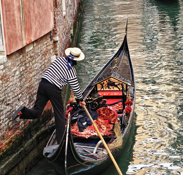 Gondola Art Print featuring the photograph Gondola In Venice by Linda Pulvermacher