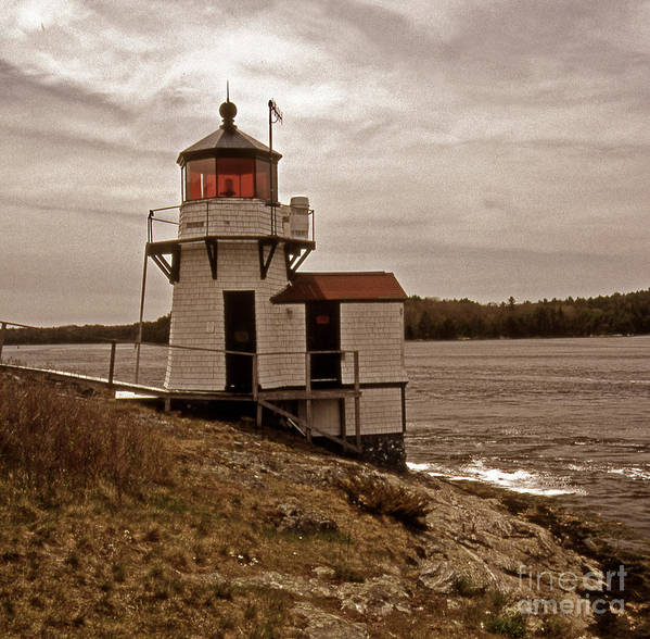 Lighthouses Art Print featuring the photograph Antique Squirrel Point by Skip Willits