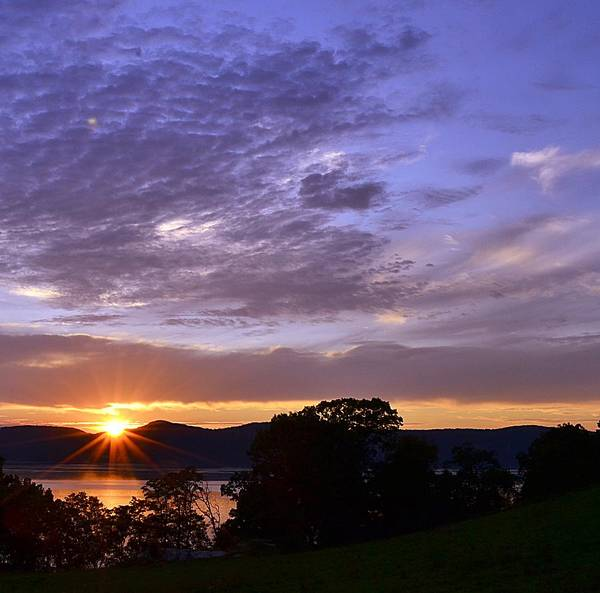 Hudson River Art Print featuring the photograph Hudson River Sunset Rockwood by Bedford Shore Photography