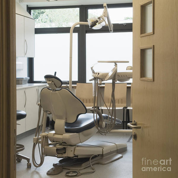 Building Art Print featuring the photograph Dentist Chair by Iain Sarjeant