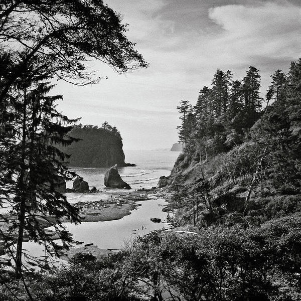 Square Art Print featuring the photograph West Coast by Sbk_20d Pictures