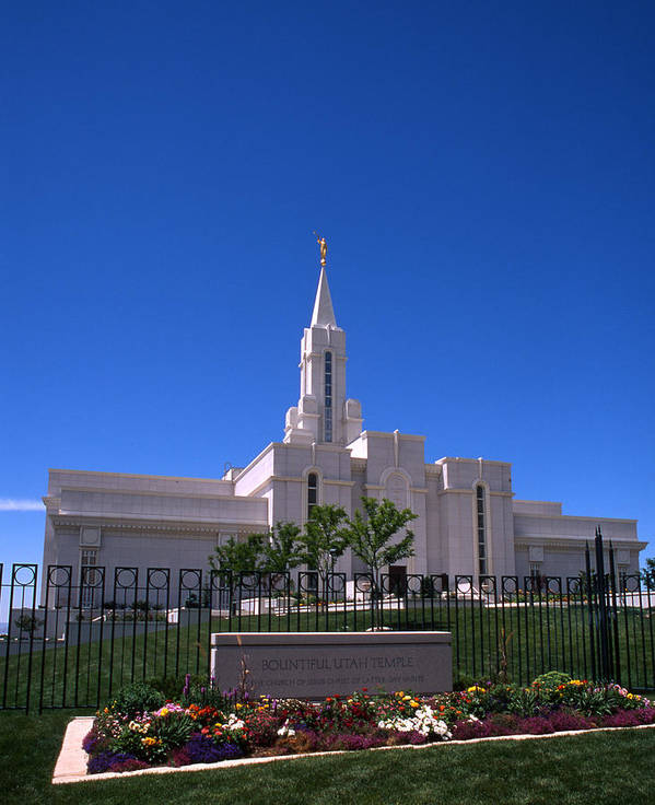 Bountiful Art Print featuring the photograph Bountiful Utah Temple by Troy Montemayor
