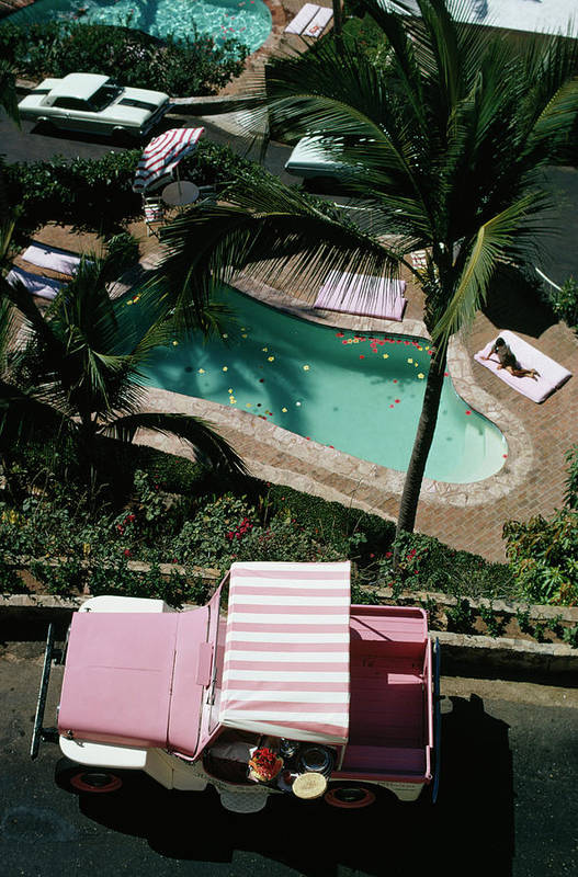 People Art Print featuring the photograph Las Brisas by Slim Aarons