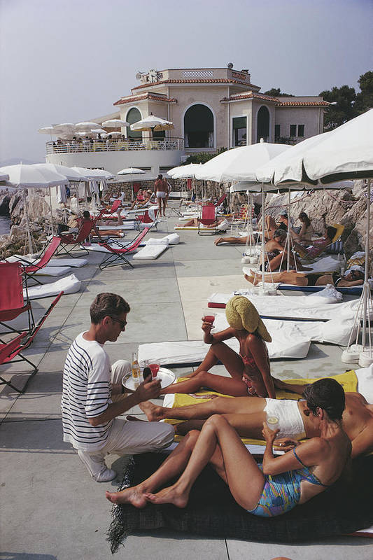 People Art Print featuring the photograph Hotel Du Cap by Slim Aarons