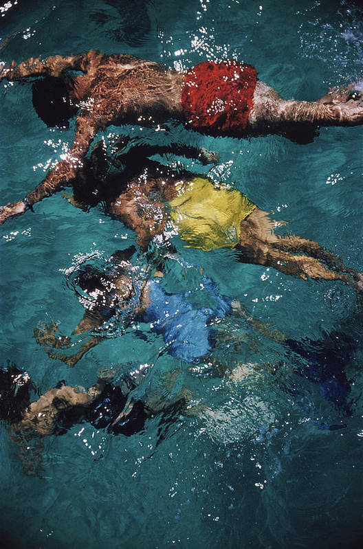 People Art Print featuring the photograph Swimming In The Bahamas by Slim Aarons
