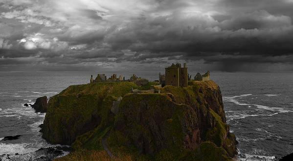 Dunotar Castle Art Print featuring the photograph Dunotar Castle by Joak Kerr