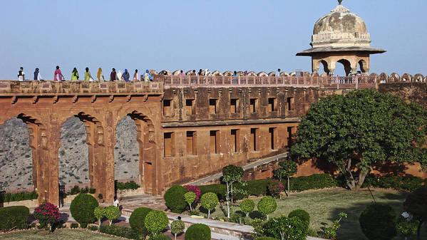 Jaigarh Fort Art Print featuring the photograph Visitors At Jaigarh Fort, Jaipur 2007 by Chris Honeyman