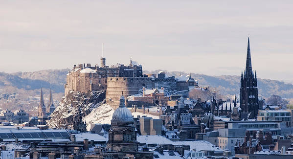Snow Art Print featuring the photograph Edinburgh Castle by Davidhills