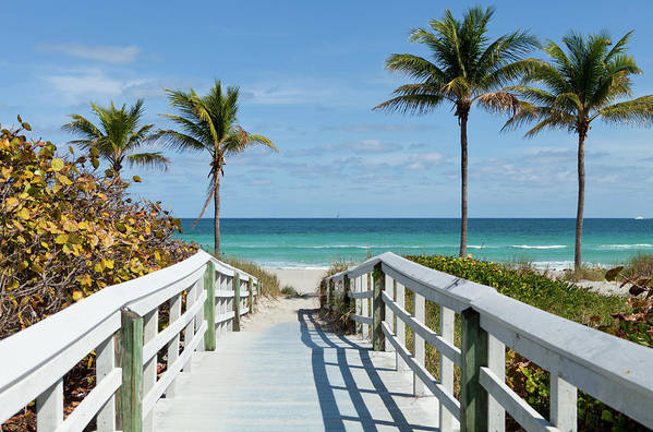 Florida Art Print featuring the photograph Beach Entrance, Florida by Kubrak78