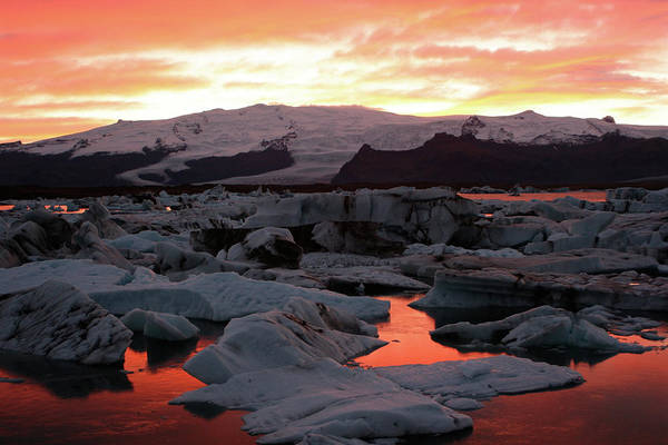 Scenics Art Print featuring the photograph Jokulsarlon Lagoon At Sunset by Richard Collins