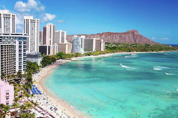 Water's Edge Art Print featuring the photograph Waikiki Beach by M Swiet Productions