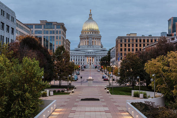 Land Vehicle Art Print featuring the photograph Wisconsin State Capitol Building by Kenneth C. Zirkel