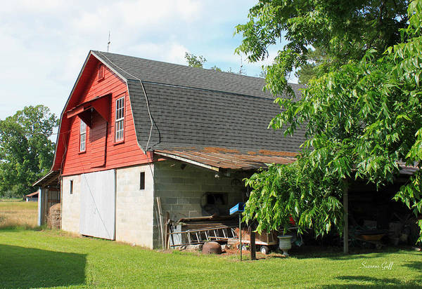 Barn Art Print featuring the photograph Little Red Barn by Suzanne Gaff