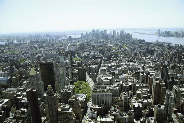 Horizontal Art Print featuring the photograph New York City, New York, United States Of America by Colleen Cahill / Design Pics
