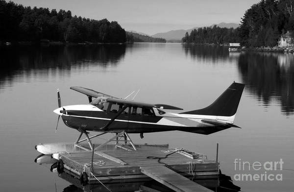 Float Plane Art Print featuring the photograph Getting Away by David Lee Thompson