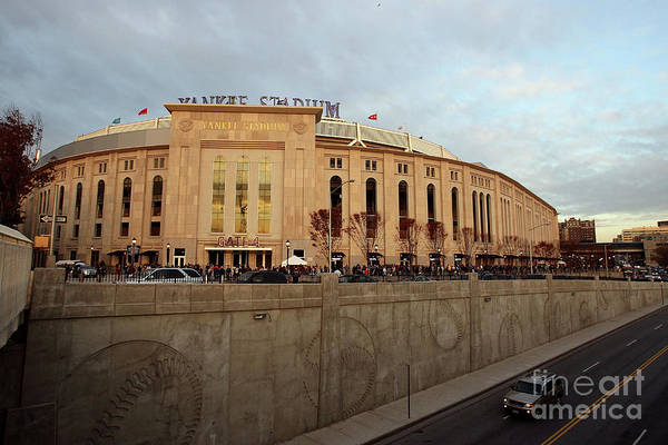 Game Two Art Print featuring the photograph Philadelphia Phillies V New York by Jed Jacobsohn