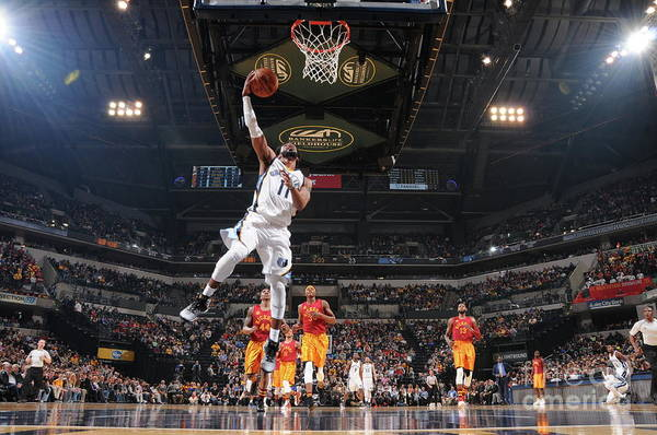 Nba Pro Basketball Art Print featuring the photograph Memphis Grizzlies V Indiana Pacers by Ron Hoskins