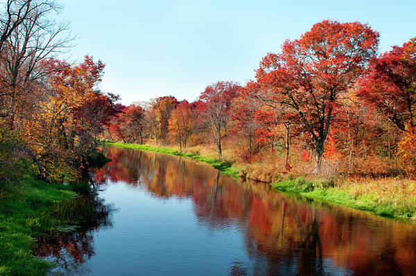 Water's Edge Art Print featuring the photograph Autumn In Wisconsin by Jenniferphotographyimaging