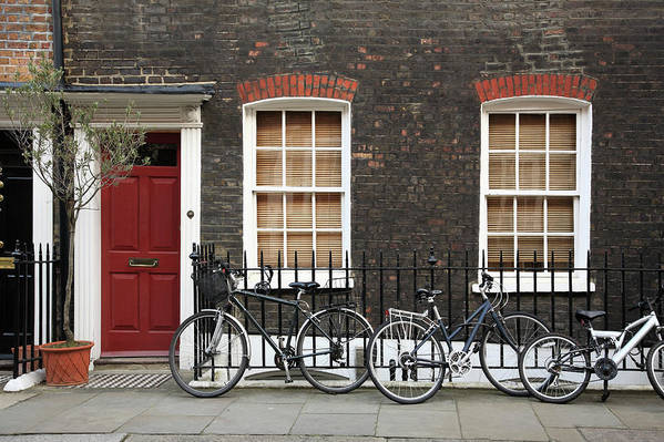 Row House Art Print featuring the photograph House In London by Imagestock